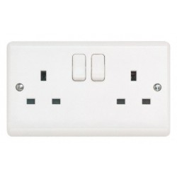 2GANG SWITCHED SOCKET OUTLET 13AMP D.P (NEW STYLE)